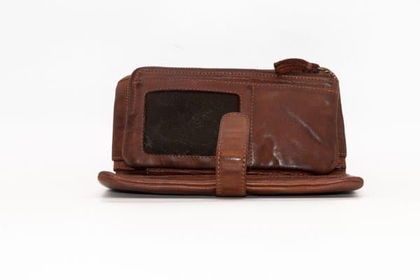 billetera de mujer en piel robert pietri